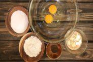 紅茶スポンジケーキの材料を用意