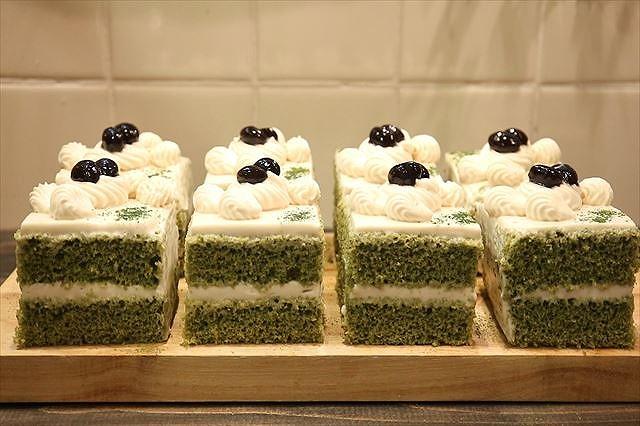 黒みつ抹茶ショートケーキ完成2