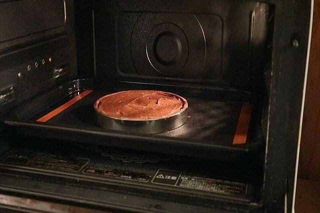 タルトを焼く