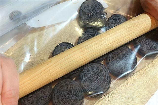 簡単オレオタルトクッキー生地作り