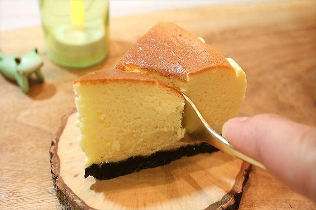 ニューヨークチーズケ―キを食べる