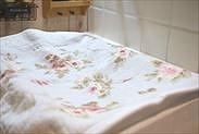 梅に布巾を被せる