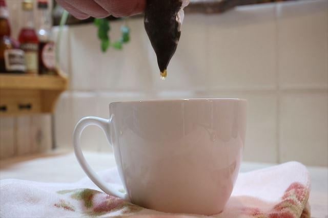 紅茶を最後の一滴まで抽出する