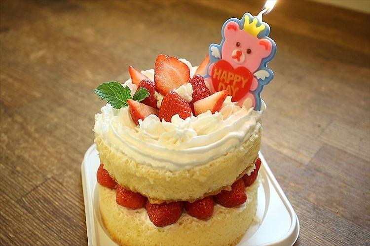 卵1個で作れる12㎝簡単お誕生日・お祝いケーキ出来上がり