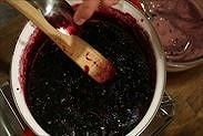 ブルーベリージャム炊きあがり確認