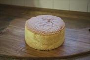 卵2個で作れる15㎝簡単スポンジケーキの完成