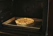アップルパイを焼く