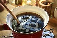手鍋を加熱する