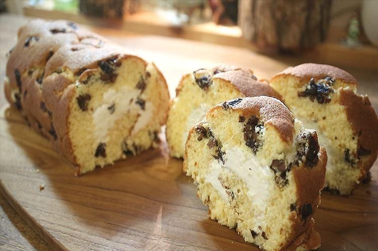 米粉の黒豆ロールケーキできあがり