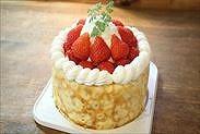 苺のクレープショートケーキ完成