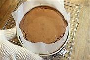 天使のチョコレートスフレケーキ焼き上がり